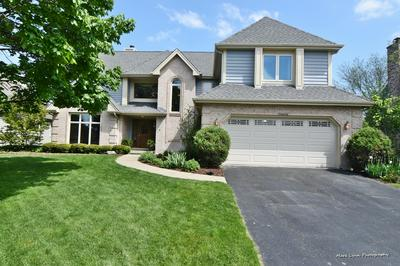 26W080 WOOD LARK DR, Wheaton, IL 60188 - Photo 2