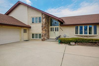 224 WATERFORD DR, WILLOWBROOK, IL 60527 - Photo 2
