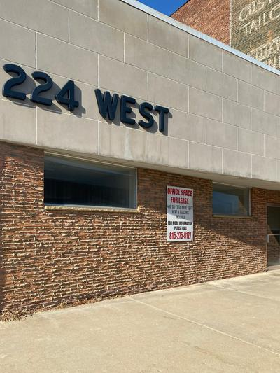 224 W STEPHENSON ST, Freeport, IL 61032 - Photo 1