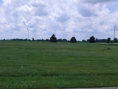 621 BETTY ST, Earlville, IL 60518 - Photo 1