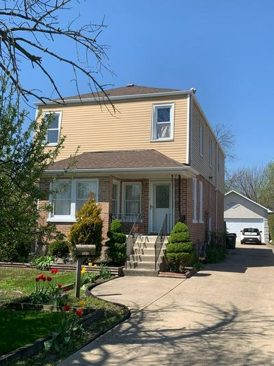 8736 W STOLTING RD, Niles, IL 60714 - Photo 1