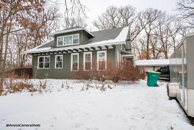 27W429 MANCHESTER RD, Winfield, IL 60190 - Photo 2