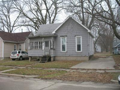 1205 E MAIN ST, CLINTON, IL 61727 - Photo 1