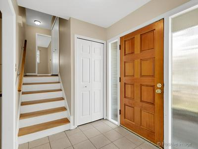 136 S CLAY ST, HINSDALE, IL 60521 - Photo 2