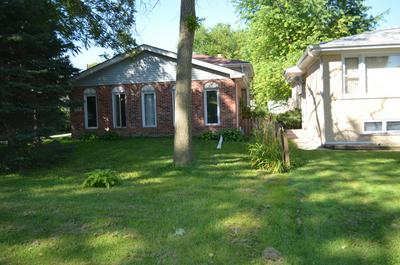 109 SPRING ST, WILLOW SPRINGS, IL 60480 - Photo 1
