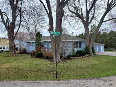 4401 PARKWAY AVE, MCHENRY, IL 60050 - Photo 1