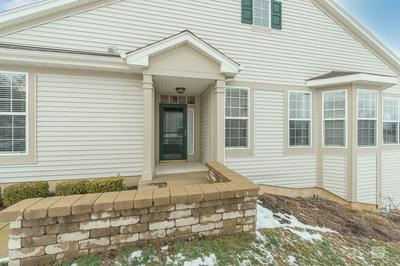 2062 MUIRFIELD DR # 2062, Yorkville, IL 60560 - Photo 2