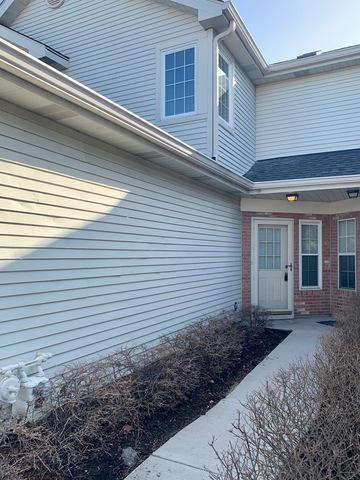 1475 GOLFVIEW DR, GLENDALE HEIGHTS, IL 60139 - Photo 2