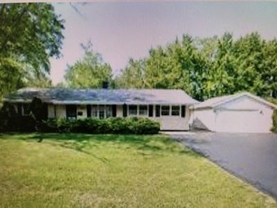 18740 LORETTO LN, COUNTRY CLUB HILLS, IL 60478 - Photo 1
