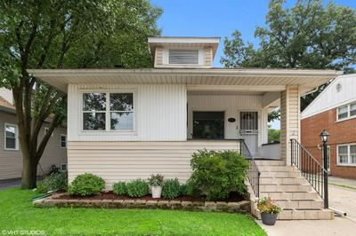 59 E QUINCY ST, Riverside, IL 60546 - Photo 2