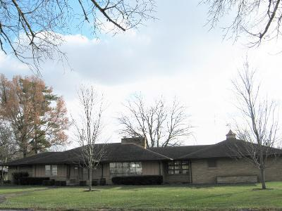 112 W MCKINLEY AVE, Milford, IL 60953 - Photo 1