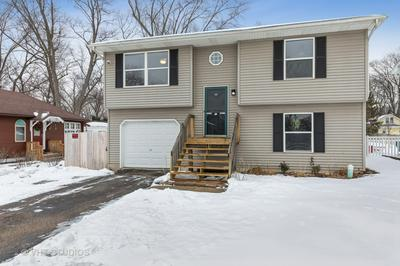 117 N GREENFIELD AVE, Crystal Lake, IL 60014 - Photo 2