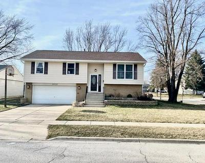 1000 SUNNYDALE BLVD, STREAMWOOD, IL 60107 - Photo 1