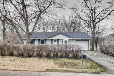 913 HILLTOP BLVD, MCHENRY, IL 60050 - Photo 1