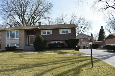 841 WILLOW LN, WILLOWBROOK, IL 60527 - Photo 1