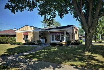 2200 MAYFAIR AVE, Westchester, IL 60154 - Photo 1