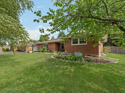 207 S ELMHURST RD, Prospect Heights, IL 60070 - Photo 2