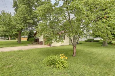 602 E KRATZ RD, Monticello, IL 61856 - Photo 2
