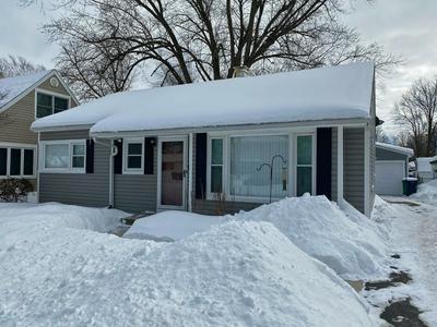 221 W BERKSHIRE AVE, Lombard, IL 60148 - Photo 1