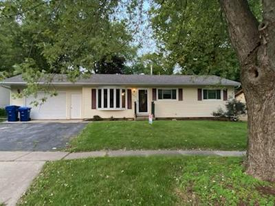405 E DRESSER RD, DeKalb, IL 60115 - Photo 1