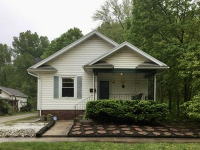 1105 W WASHINGTON ST, Champaign, IL 61821 - Photo 1