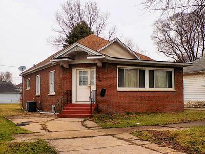 1006 E WILSON ST, STREATOR, IL 61364 - Photo 1