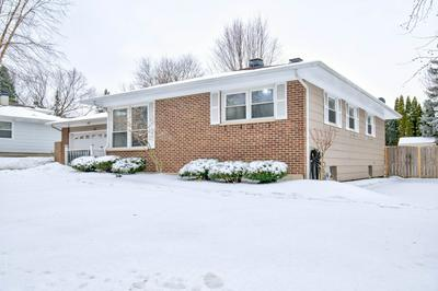 112 N AIRLITE ST, Elgin, IL 60123 - Photo 2