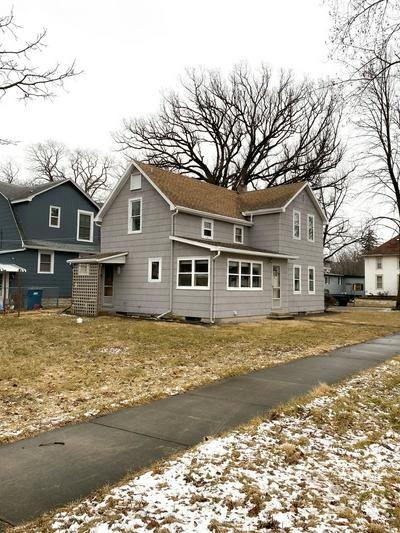 993 S 3RD AVE, Kankakee, IL 60901 - Photo 2