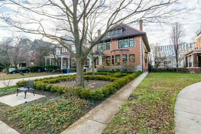 5544 S WOODLAWN AVE, CHICAGO, IL 60637 - Photo 2
