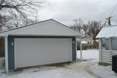 1311 WILSON AVE, Carpentersville, IL 60110 - Photo 2