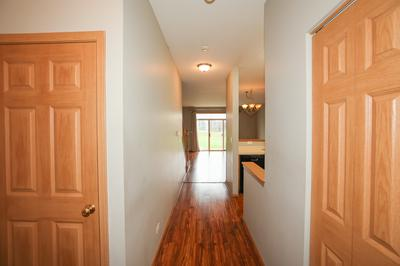 808 GENESEE DR # 808, Naperville, IL 60563 - Photo 2