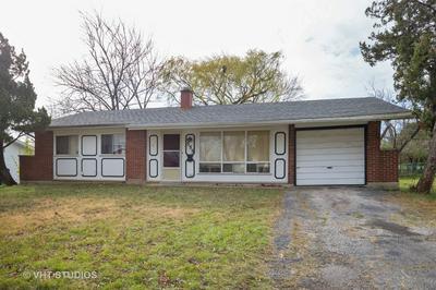 555 JAMISON LN, Hoffman Estates, IL 60169 - Photo 1