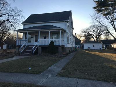 305 N PINE ST, MOMENCE, IL 60954 - Photo 2