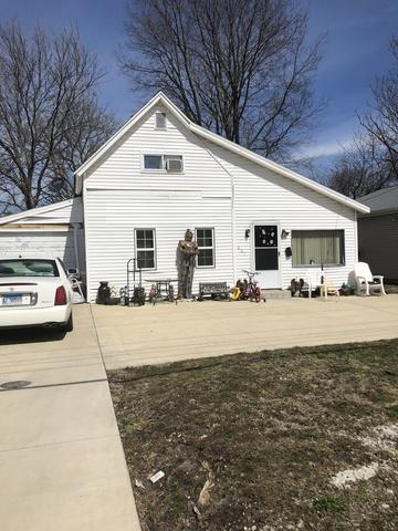 437 E JEFFERSON ST, Arcola, IL 61910 - Photo 1