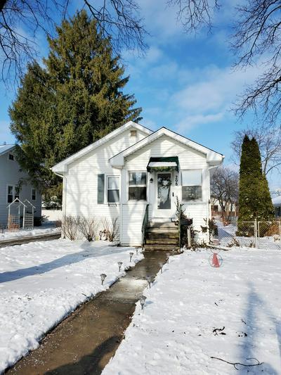 208 W KENILWORTH AVE, Villa Park, IL 60181 - Photo 2