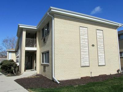 1039 N NORTHWEST HWY APT A1, Park Ridge, IL 60068 - Photo 1