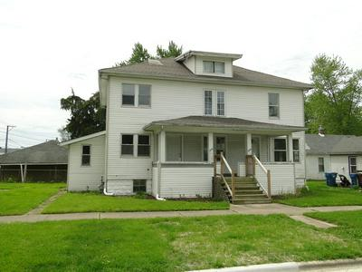 276 W HICKORY ST, Kankakee, IL 60901 - Photo 2