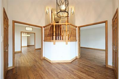 635 N LINCOLN ST, Hinsdale, IL 60521 - Photo 2