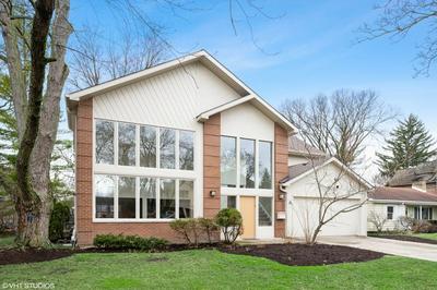 904 HUNTER RD, GLENVIEW, IL 60025 - Photo 1