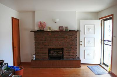 8017 S WENTWORTH AVE, Chicago, IL 60620 - Photo 2