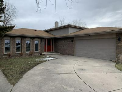648 THORNWOOD DR, SOUTH HOLLAND, IL 60473 - Photo 2