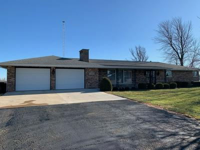 7468 HOPEDALE RD, HOPEDALE, IL 61747 - Photo 1
