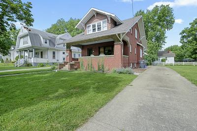 454 S CHARTER ST, Monticello, IL 61856 - Photo 2