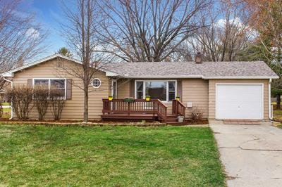 151 MAPLEWOOD DR, SYCAMORE, IL 60178 - Photo 1