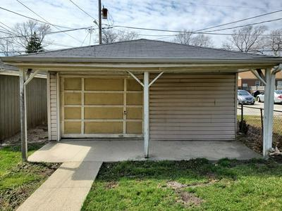 2040 S 14TH AVE, Broadview, IL 60155 - Photo 2