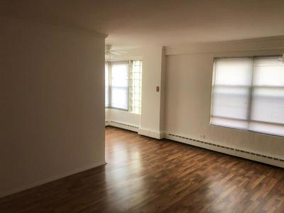 2600 W BERWYN AVE APT 403, CHICAGO, IL 60625 - Photo 2