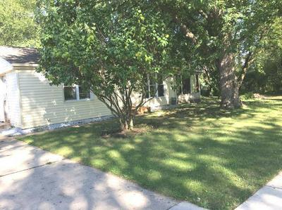 702 SOUTHWIND DR, Carpentersville, IL 60110 - Photo 1
