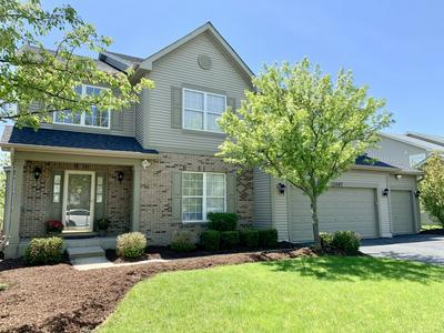 3607 TIMBER CREEK LN, Naperville, IL 60565 - Photo 2