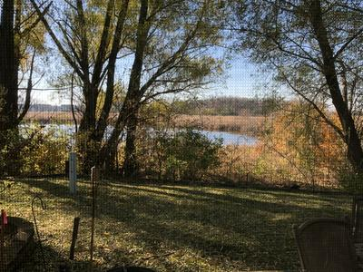 11 LARKSPUR CT, Lake In The Hills, IL 60156 - Photo 2
