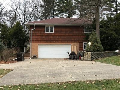 422 KIMBERLY RD, North Barrington, IL 60010 - Photo 2